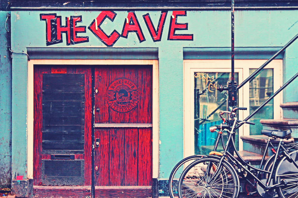 Rockclub and the cave