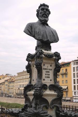 the Ponte Vecchio Benvenuto Cellini